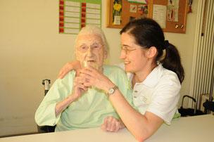 Auch bei der Caritas werden mehr Pflegerinnen und Pfleger benötigt. Foto: Peter Esser (Caritas)
