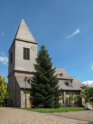 Kirche in Usseln - Foto: Michel Verbeek CC BY-SA 3.0