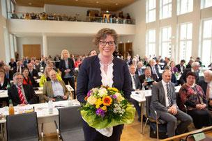 Wahl der ersten Frau im Bischofsamt in einer Landeskirche fand am 09.Mai 2019 während der Landessynode statt. Prof. Dr. Beate Hofmann wurde gewählt und folgt somit auf Martin Hein.