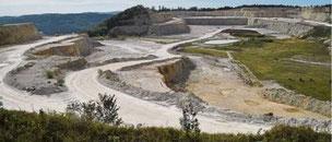 Um die Erweiterung des Steinbruchs auf dem Plettenberg wird immer noch gestritten      Photo Bernd Visel