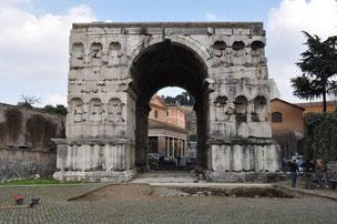 Imagen del Arco de Giano, objeto de la investigación / Universidad de Córdoba. Sinc
