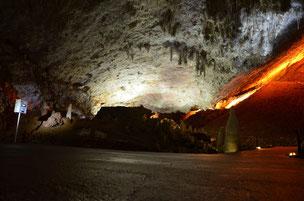 Estación de control situada en una de las estancias de la cueva llamada de los 'Obispos'. / Fundación Descubre.