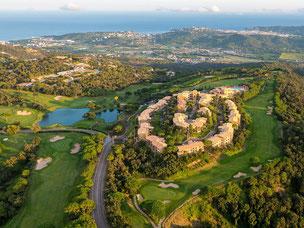 Die imposante Anlage von Mas Nou wird umkreist vom Golfplatz - © Golf d'Aro Mas Nou