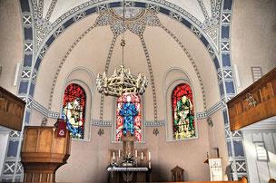 Innenansicht der Evangelischen Erlöserkirche Attendorn