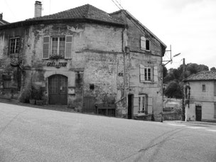 die Architektur der Dörfer wirkte persönlich und nah