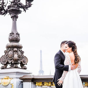 elopement in paris Alexandre 3 bridge