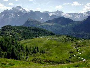 アルプス山脈中央部 ヴァルテッリーナ渓谷