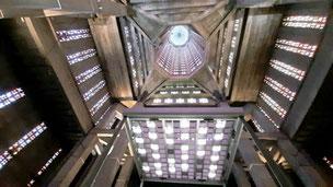 Bild:Decke der St. Joseph Kirche in Le Havre