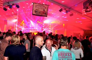 Kirmesdisco Heimboldshausen bei Phillipsthal mit www.dee-age.com DJ-Set