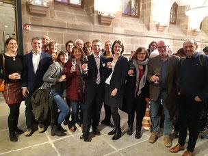 Bernd Michl (Mitte) und die Regionalgruppe Feucht bei der Preisverleihung (Bild: Simone Reuter)