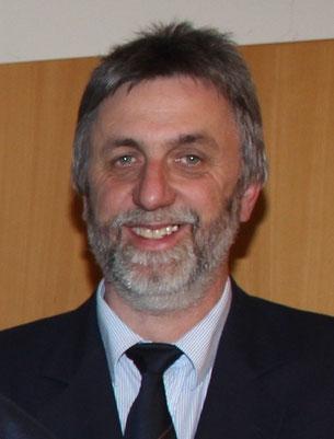 Herr Wolfgang Hohmann