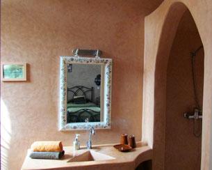salle de bains la chambre d'hôtes twin Muscade , maison d'hotes, Riad le Jardin des Epices, hôtel à Taroudant, Maroc
