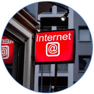 Panneau internet d'un magasin