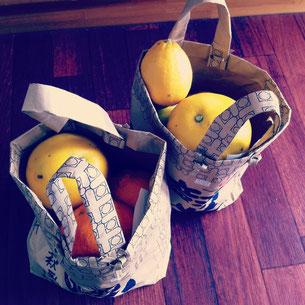 でこぽん、グレープフルーツ、レモン、きんかん、はるみみかん等…たくさんの元気な柑橘が、愛知の果樹園から届きました!ありがとうございます!とってもジューシーで、目が覚めるようなおいしさです^^さっそく、パンに入れるオレンジピールを作ってます。柑橘が入ってきたお米袋でできたバッグも、とても素敵でした!^^