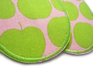 Bild: Flicken zum aufbügeln mit grünen Äpfeln auf rosa