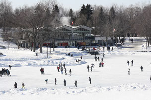 Faire-du-patin-au-lac-aux-Castors