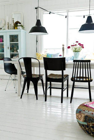 Style Tips for a Mix and Match Dining Set