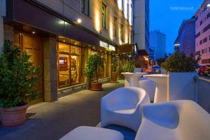 Hotel Vienna front