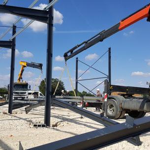Monteur Charpente Métallique chez ACMB constructions metalliques Brioux 79