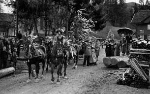 Luthern Bad, Tannenschleipfete mit Pferdegespann, um 1948