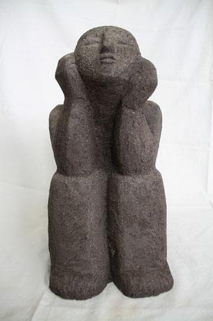 Sitzende Gefäßfigur; 2011; 55cm; Steinzeug