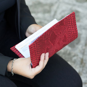 Porte-chéquier avec motif reptile dragon rouge - fait main