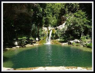 Bassin et cascade sur la Cagne (Vence)