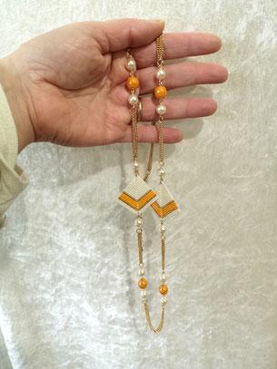 Collier fantaisie sur chaines perles de Majorque