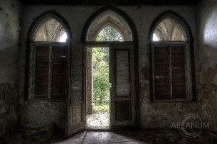 Neo-Gothic Castle L.