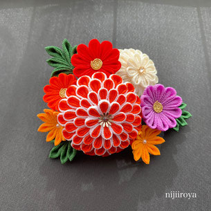 成人式髪飾り つまみ細工nijiiroya