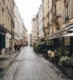 Rue pavée du 4ème arrondissement