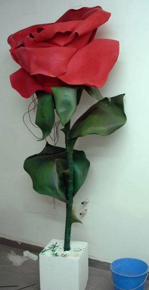 Rosa Gigante, Palacio del Caballero de Olmedo