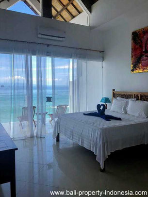 Candidasa oceanfront house for sale