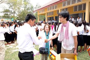 通訳を担当したカンボジア人の青年