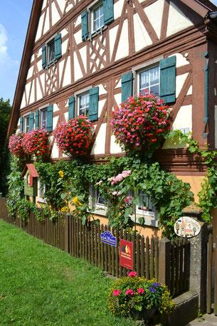 Hauseingang - Denkmalgeschütztes Fachwerkhaus
