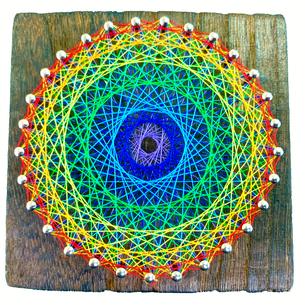 小さい糸かけ曼荼羅