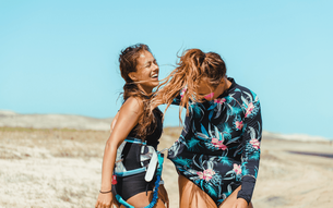Kite Girls: 100% support at our kite holidays for women.