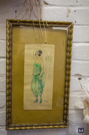 Modellzeichnung für ein Kleid der 1920er Jahre.