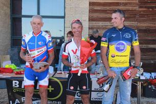 Le podium des 5ème catégorie: P. Cubedo, J-Louis et D. Dubois