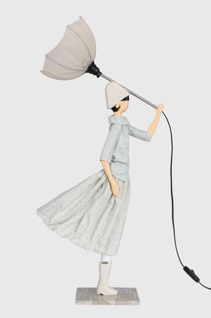 Skitso Lampada da tavola donna in abito con paralume table design femme en robe avec abat-jour