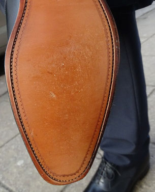 Ledersohle beim Einlaufen/ leather sole on the first steps. Photo: Men's Individual Fashion.