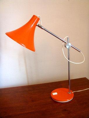 Lampe de bureau métallique chrome et orange années 70