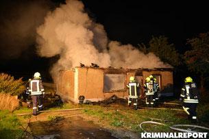 Einfamilienhaus in Diedersdorf komplett in Flammen