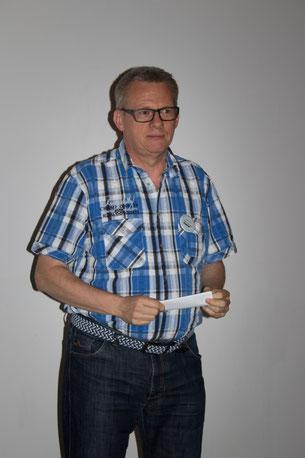 Dieter Neuberger; Wortwechsel in violett