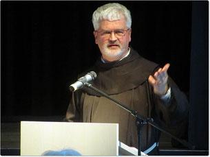 Pater Christoph ging in seinem Vortrag in Schongau der Sehnsucht auf den Grund