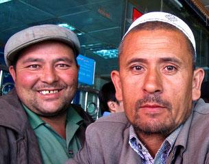 zwei freundliche Uiguren