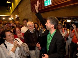 Gratulationen für Boris Palmer zum erneuten Gewinn der Tübinger Oberbürgermeisterwahl. Foto: Thomas Niedermüller