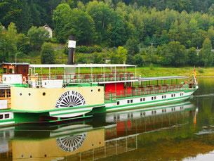 hier beginnt die Elb-Fluß-Fahrt in Richtung Dresden