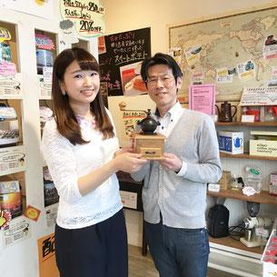 CBCラジオリポーターの石坂さんと記念写真