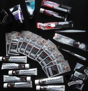 """Eine Auswahl an Produkten für den """"Schwarzvergleich"""" / Foto: Gothamella"""